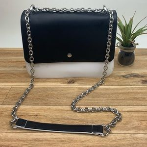 Chelsea28 Faux Leather shoulder bag